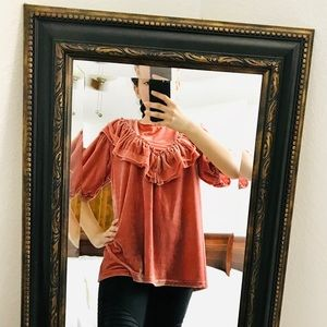 POL BUTTON DOWN BACK VELVET TOP WITH LACE TRIM